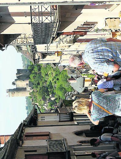 Cet après-midi, Najac sera  la capitale des Bastides, en termes de réflexion.