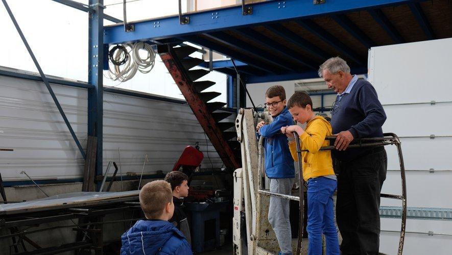 Les enfants étaient très intéresséspar cette visite.