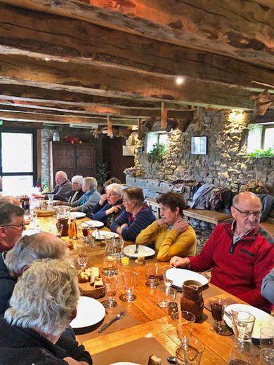 Un bon repas à la grange de Sévayrac.