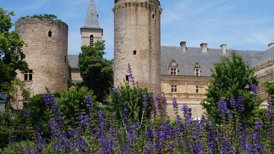 Le jardin du château de Bournazel  se dévoile un peu plus les 8 et 9 juin.