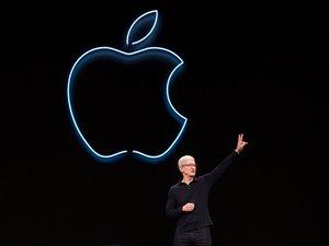 Tim Cook, le PDG d'Apple, lors de la keynote d'Apple pendant la Worldwide Developer Conference (WWDC) de San Jose, Californie, le 3 juin 2019