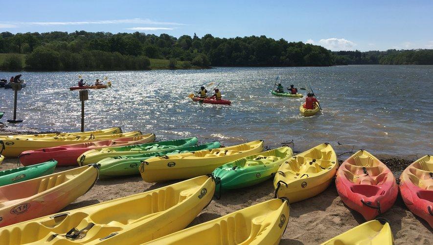 Le lac de Pont-de-Salars en juge de paix pour les performances en canoë.