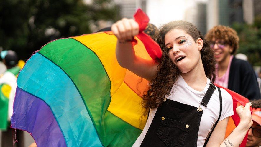 La différence de consommation entre les filles hétérosexuelles et les filles LGBT a persisté et s'est accentuée au fur et à mesure qu'elles atteignaient la vingtaine.