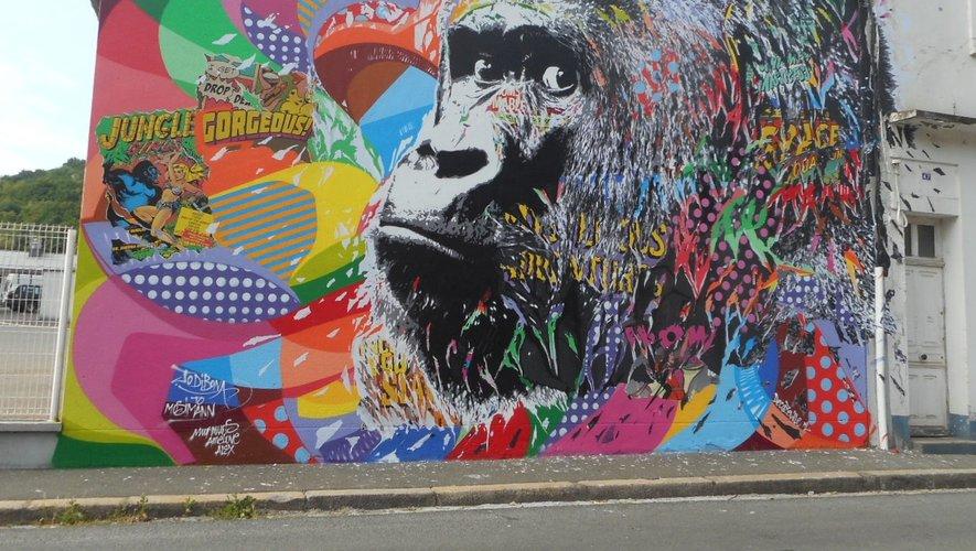 Le gorille de Jo Di Bona, avenue Paul Ramadier, à Fontvergnes.