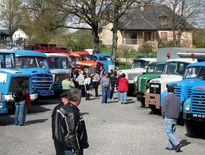 Du Nayrac à Bozouls en passant par l'Aubrac, une soixantaine de camions de collection venus de toute la France  vont défiler sur les routes du département