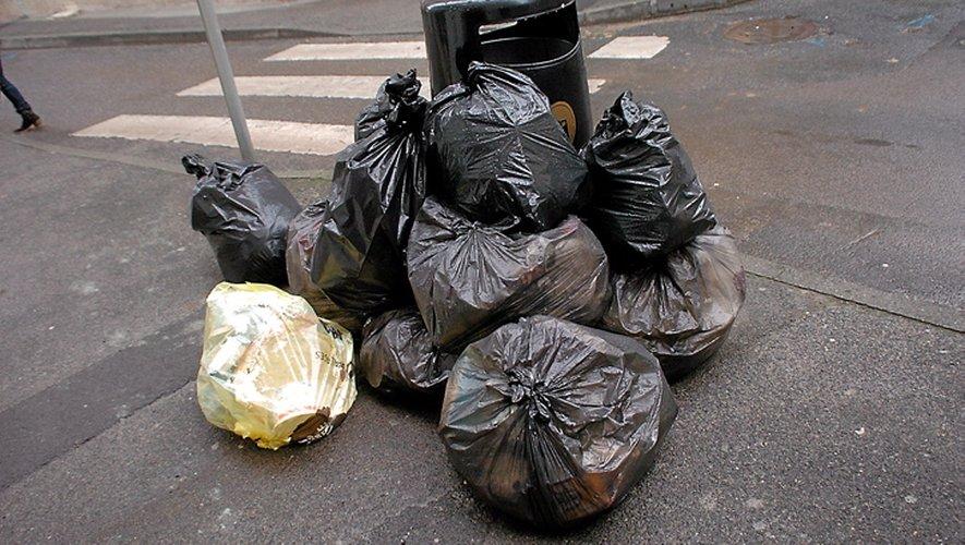 Ne déposez pas vos poubelles dans la rue avant mardi !