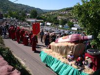 Dernier jour de la Saint-Bourrou à Marcillac avec, dès ce matin, le défilé des vignerons.