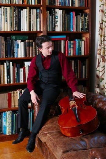 le violoncelliste Yan Levinnois
