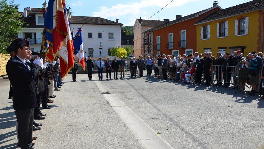 La stèle à la mémoire du gendarme Paul Andrieu a été inaugurée
