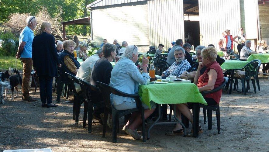 Le petit-déjeuner permet de tisser du lien social.