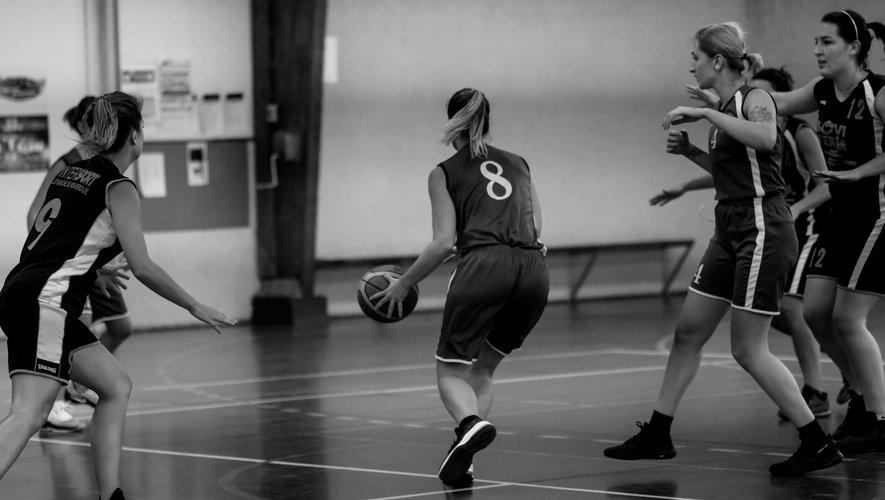 L'équipe féminine en action.
