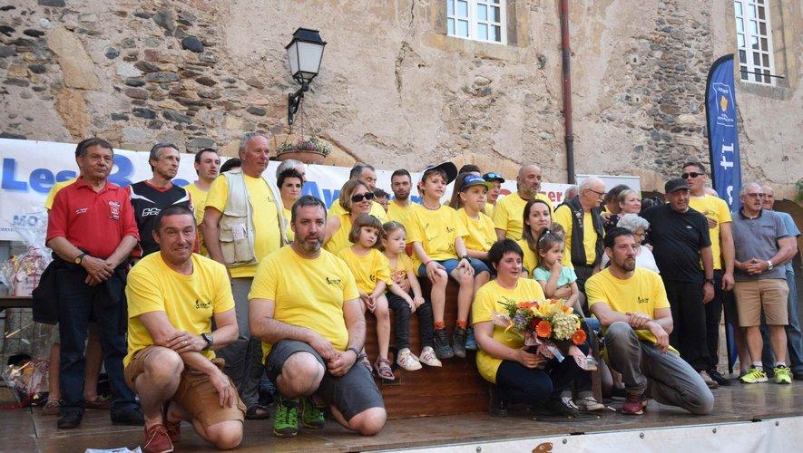 Les membres de l'association du Moto Club  12 et les Bénévoles aux 3 jours de l'Aveyron de moto trial.