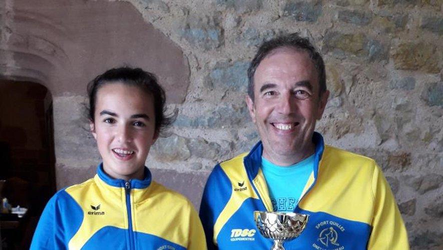Léonie et Christianont été récompensésen présence du maire.