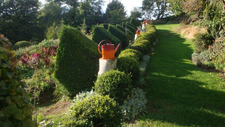 Des espaces verts aménagés avec un sens artistique certain.