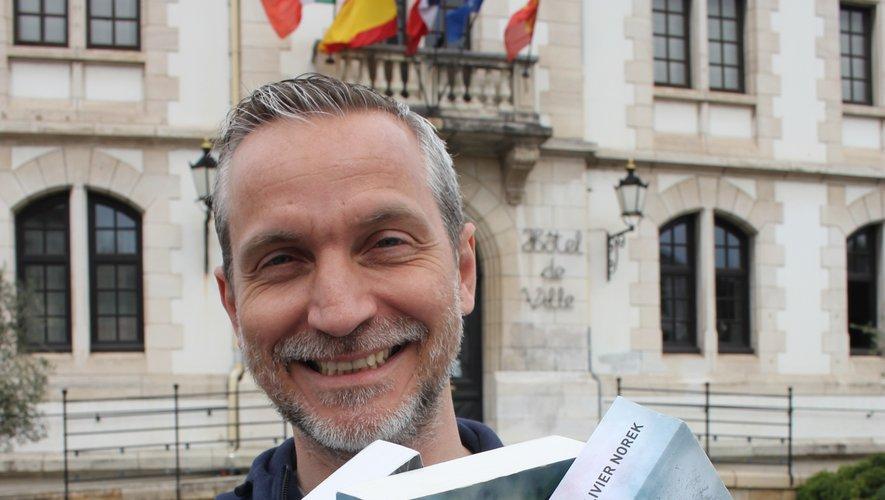Olivier Norek et ses cinq romans écrits en 6 ans, qui ont tous été distingués.