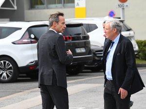 Heiko Carrié, ici en compagnie de l'actuel directeur de l'usine, Olivier Pasquesoone.