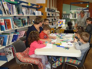 Les ateliers coloriages ont toujours beaucoup de succès auprèsdes enfants.