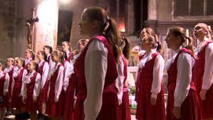 La chorale Jitro se produit dans le monde entier.