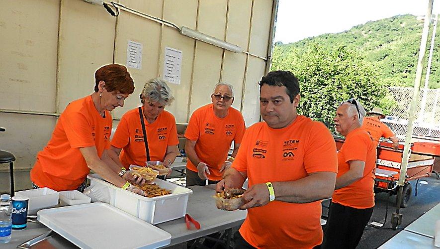 Les tee-shirts orange au four et au moulin