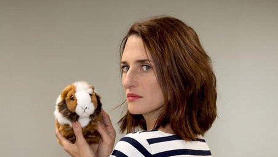 """Camille Cottin joue le rôle principal de """"Mouche"""", l'adaptation de """"Fleabag"""" pour Canal+"""