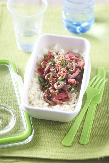 Bento de salade de boeuf