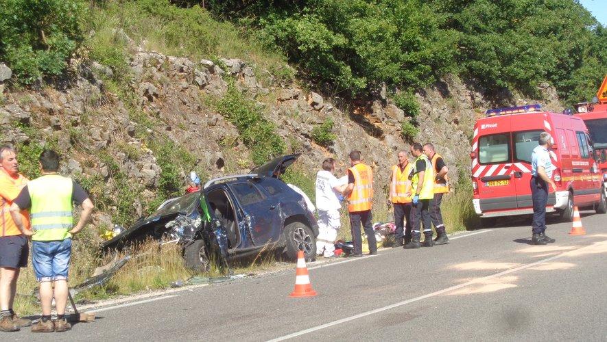 L'accident s'est produit vers 15 h 30 sur la RN88 au lieu-dit les Cayroules, commune de Sévérac-l'Eglise.