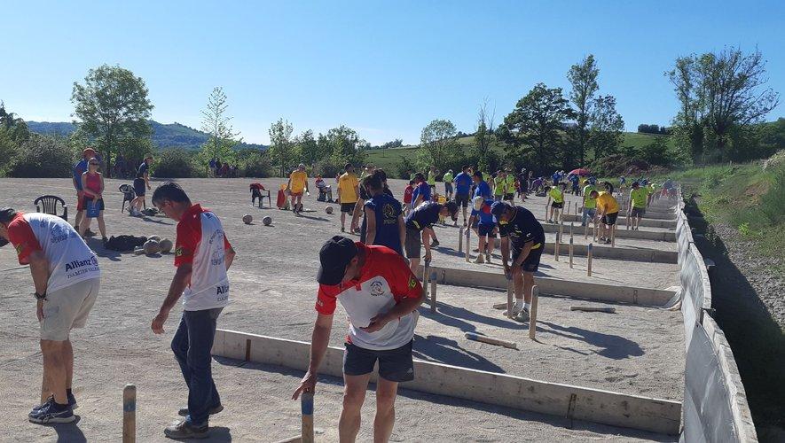 Toute la journée les joueurs se sont succédé sur le terrain du Rounairesq.