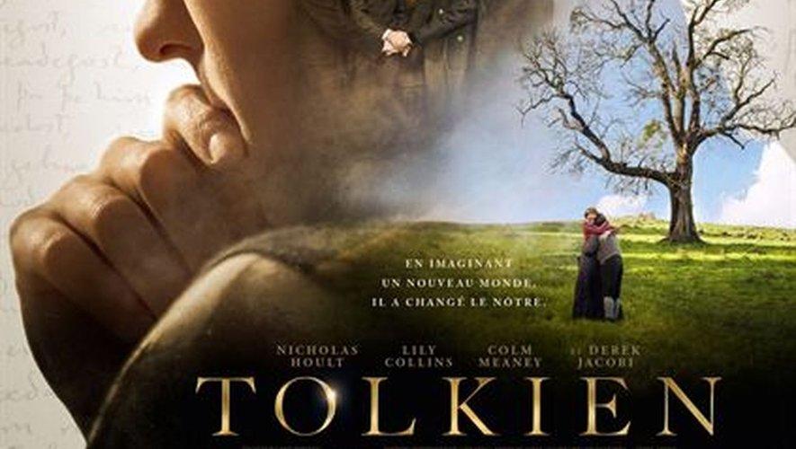 """""""Tolkien"""" De Dome Karukoski Avec Nicholas Hoult et Lily Collins est sorti le 10 mai dernier aux Etats-Unis."""