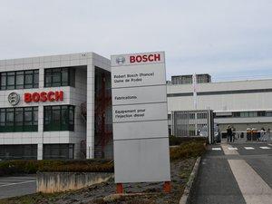 Des élus syndicaux de l'usine Bosch d'Onet-le-Château sont allés à Drancy.