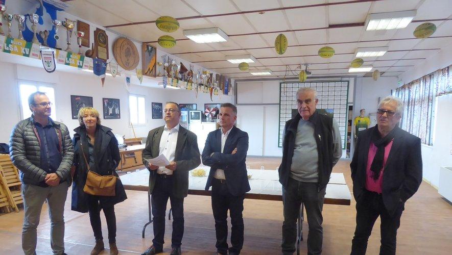Elus et dirigeants réunis à la maison du rugby à La Primaube.