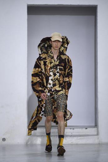 CMMN SWDN signe une garde-robe pour les hommes en quête d'un mode de vie nomade, avec des références au style militaire mais aussi au voyage. Paris, le 18 juin 2019.