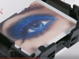 "Capture d'écran ""2019 Mink Makeup Printer Launch!"" par Mink / YouTube.com"
