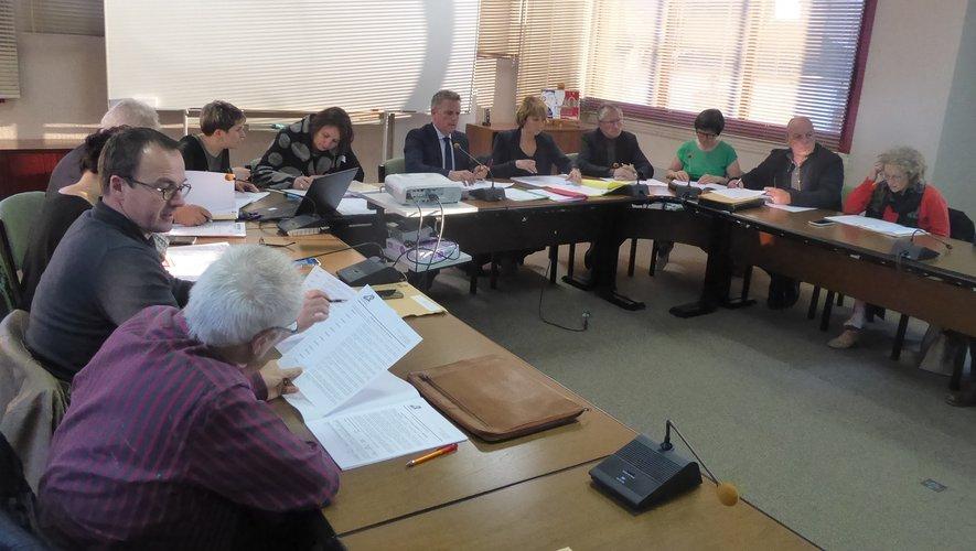Les élus présents à la dernière séance publique du conseil municipal.