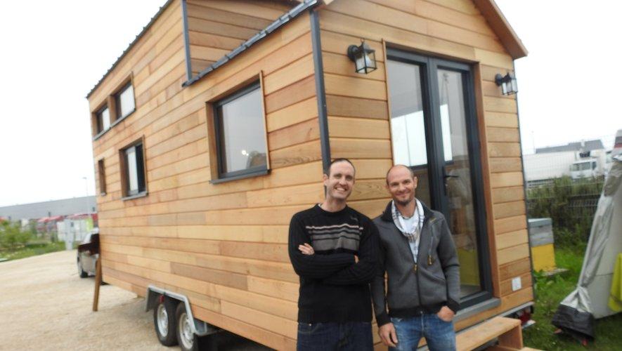 Marin Boissonnade et Gaël Dufour ont présenté la Tiny House made in Aveyron.