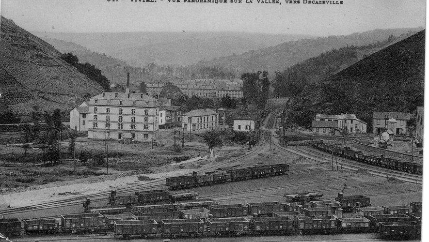 L'hôtel des célibataires à Viviez, un symbole de la Vieille Montagne et du monde industriel.