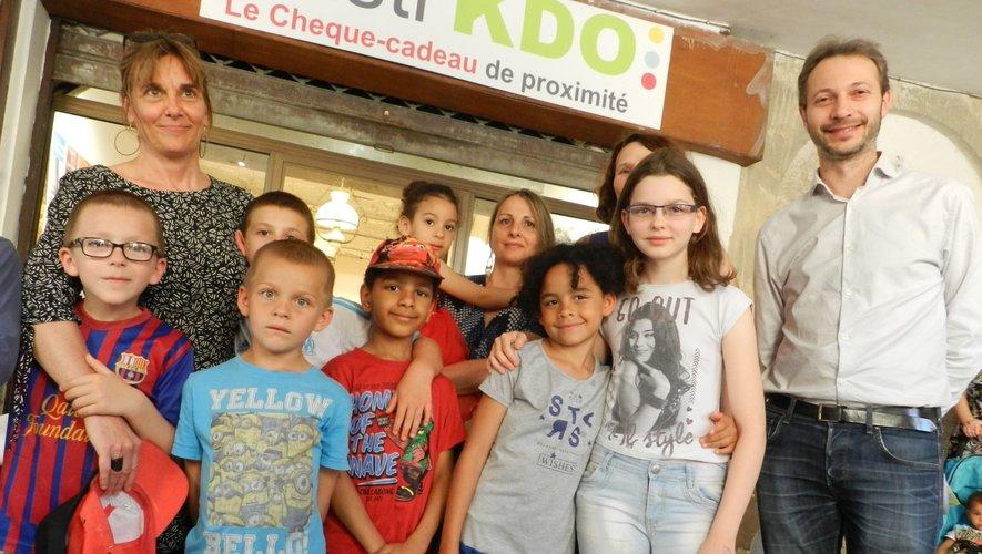 Les enfants ont investila boutique de Basti'kdo.