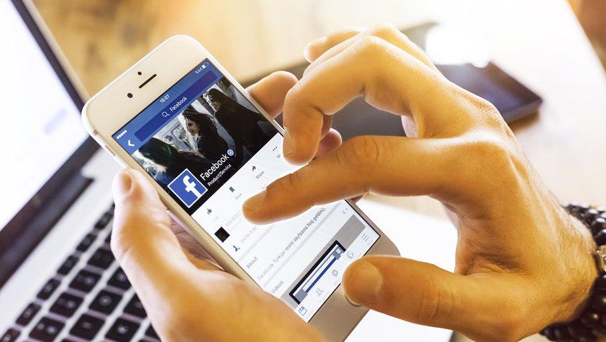 L'étude a été réalisée à partir des données médicales et des statuts Facebook de près de 1.000 personnes qui ont toutes accepté de se prêter à l'expérience.
