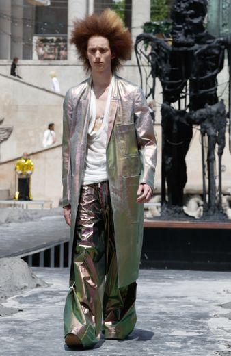 Pour le printemps-été 2020, Rick Owens imagine également un vestiaire inspiré du Mexique, avec une palette et quelques pièces dédiées. Paris, le 20 juin 2019.