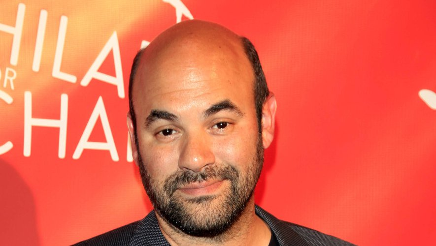 "Ian Gomez sera également au casting de ""The Morning Show"", la nouvelle série avec Reese Witherspoon et Jennifer Aniston pour la plateforme de streaming d'Apple."