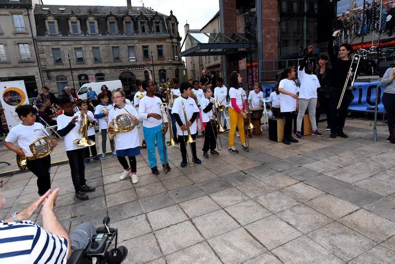 Ce vendredi 21 juin, dans les rues de la ville, tous les styles musicaux étaient représentés.