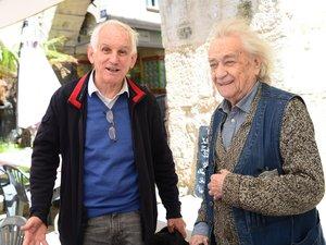 Claude Calmettes avec Jean Javelaud, jeudi dernier, sur le marché.