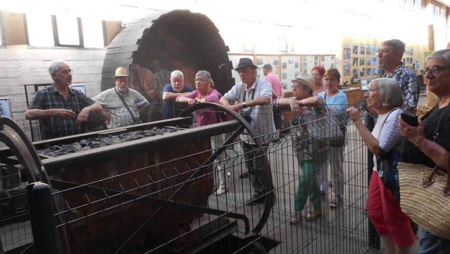 Un groupe de Bordelaisa découvert le musée.