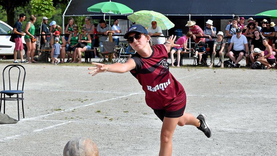 La der des championnats par équipes  femmes et jeunes s'est déroulée sur les terrains d'Inières.