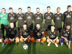 L'équipe II , championne de l'Aveyron et qui accède en Division 1.