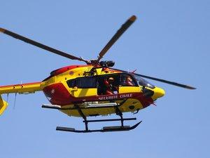 L'enfant a été trasporté par hélicoptère au CHU de Montpellier.