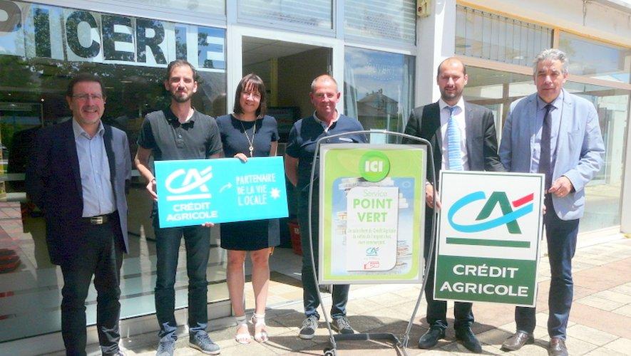 M. le Maire, Mathieu et les responsables du CA pour cette inauguration.