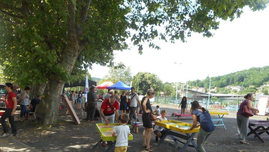 Divers jeux et stands attendaient petits et grands au village Street Art