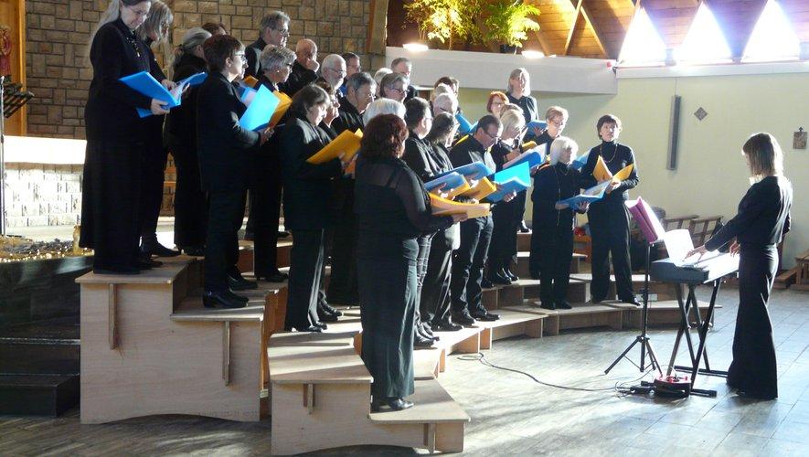 Cécile Filloux et l'EVQS invitent la chorale du collège J.-Moulin.