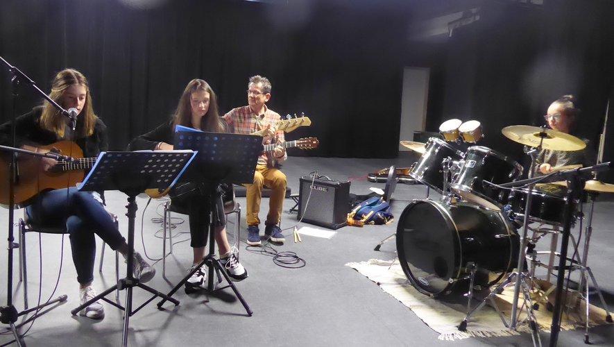 Un petit orchestre avec Philippe Blanchard.