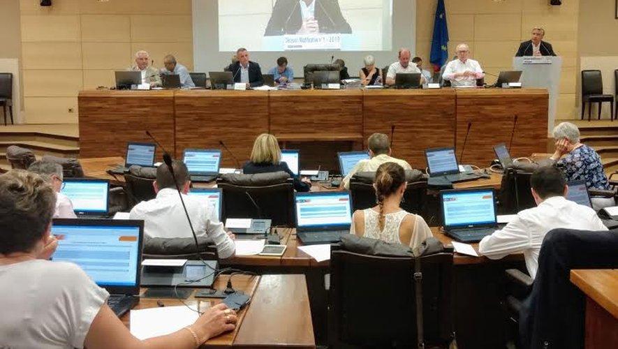 Le compte administratif a été adopté à une très large majorité.